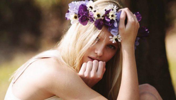 Як ніжно порівняти дівчину з квіткою