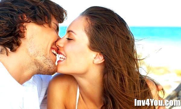 Як поводиться закохана жінка?