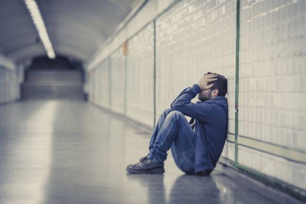 чоловік в депресії