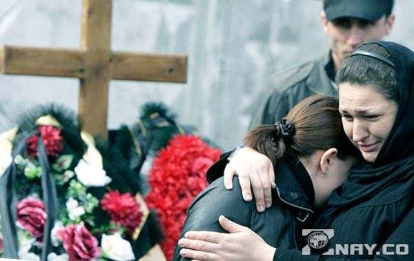 На похоронах близької людини