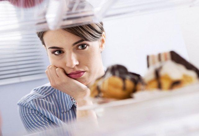 Небезпечна харчова залежність: як позбутися від психологічної проблеми
