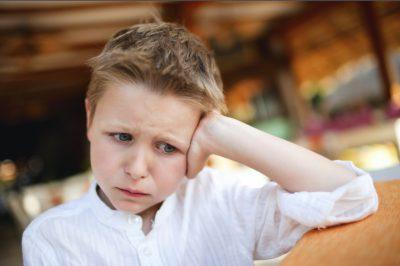 Ознаки недоумства у дітей: молодші школярі 7-11 років