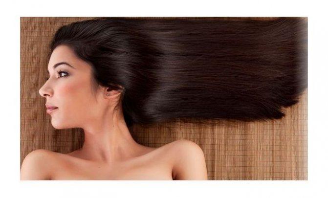 Здорове волосся у жінки